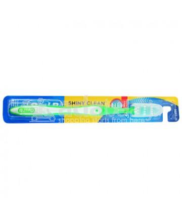 Oral-B Sikat Gigi Shiny Clean Soft 35 Hijau