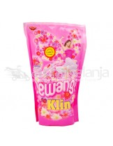 So Klin Pewangi Romantic Pink Pouch 900mL